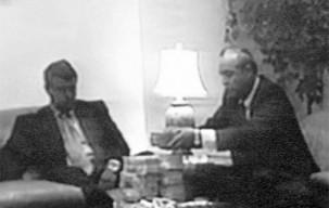 montesinos-bribing-peru-congressman
